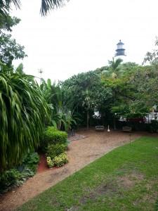 Tropisk hage. Eiendommen er blant de største på øya.